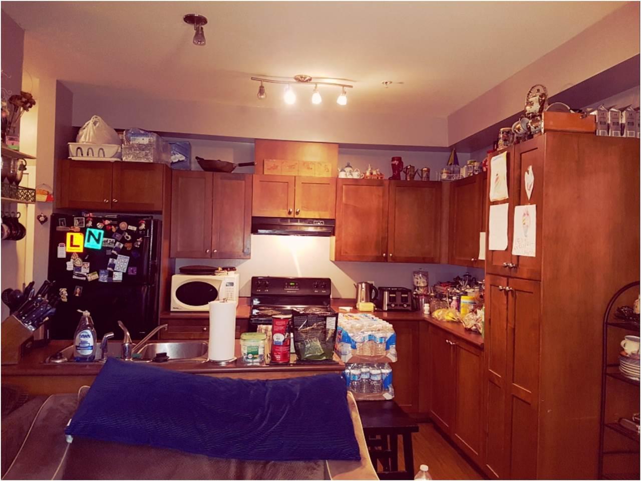 Condo Apartment at 301 13277 108 AVENUE, Unit 301, North Surrey, British Columbia. Image 2