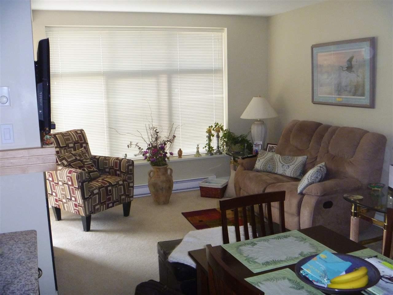 Condo Apartment at 413 1211 VILLAGE GREEN WAY, Unit 413, Squamish, British Columbia. Image 3