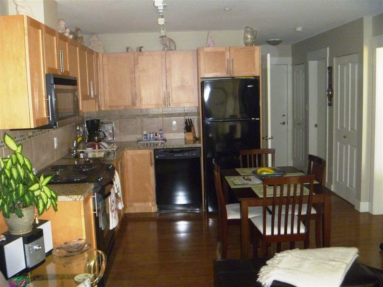 Condo Apartment at 413 1211 VILLAGE GREEN WAY, Unit 413, Squamish, British Columbia. Image 7