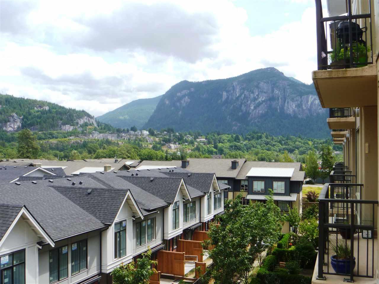 Condo Apartment at 413 1211 VILLAGE GREEN WAY, Unit 413, Squamish, British Columbia. Image 10