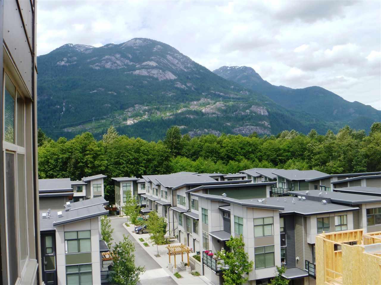 Condo Apartment at 413 1211 VILLAGE GREEN WAY, Unit 413, Squamish, British Columbia. Image 13
