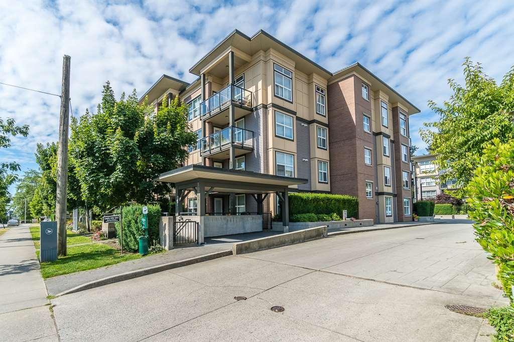 Condo Apartment at 216 10707 139 STREET, Unit 216, North Surrey, British Columbia. Image 1