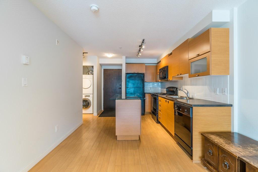 Condo Apartment at 216 10707 139 STREET, Unit 216, North Surrey, British Columbia. Image 7