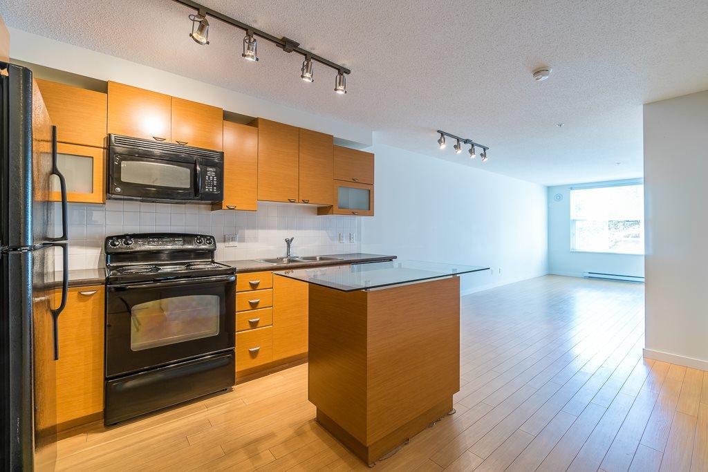Condo Apartment at 216 10707 139 STREET, Unit 216, North Surrey, British Columbia. Image 10