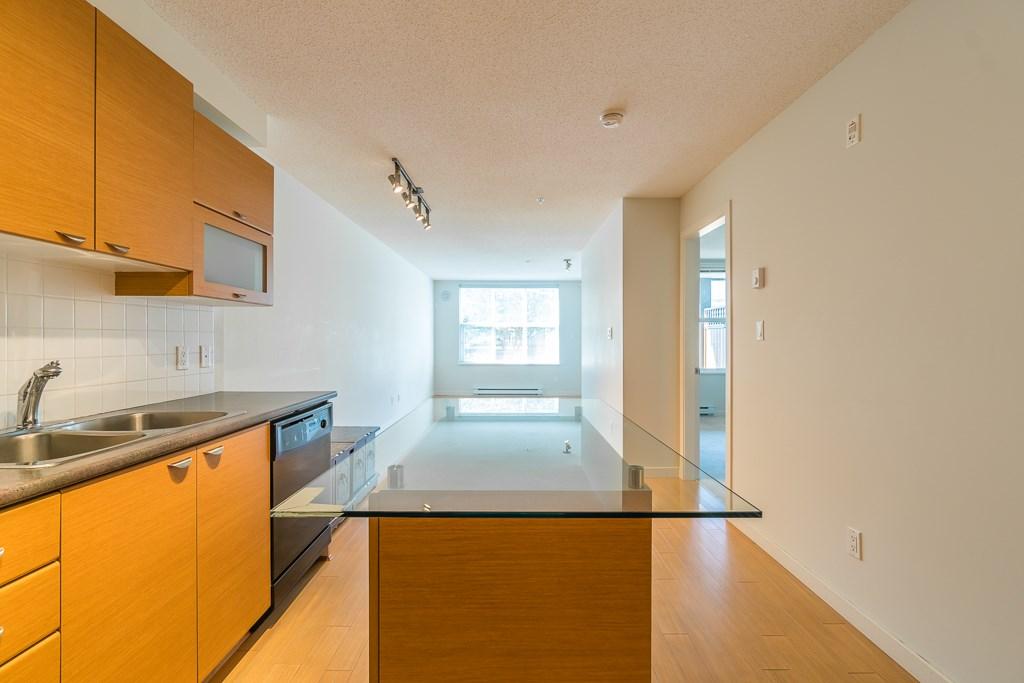 Condo Apartment at 216 10707 139 STREET, Unit 216, North Surrey, British Columbia. Image 11