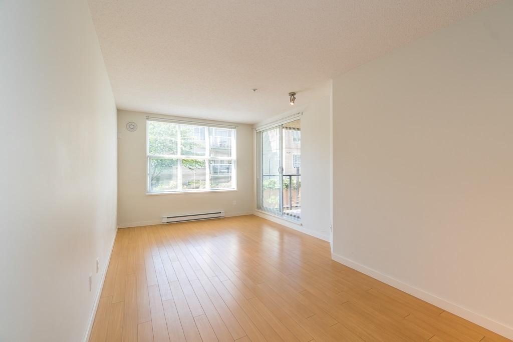 Condo Apartment at 216 10707 139 STREET, Unit 216, North Surrey, British Columbia. Image 16