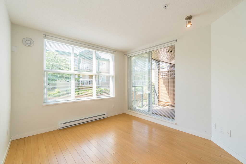 Condo Apartment at 216 10707 139 STREET, Unit 216, North Surrey, British Columbia. Image 17