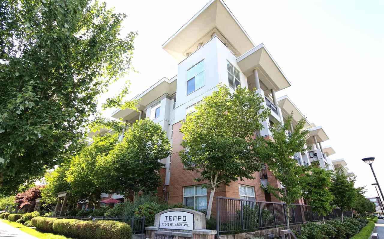 Condo Apartment at 104 33545 RAINBOW AVENUE, Unit 104, Abbotsford, British Columbia. Image 1