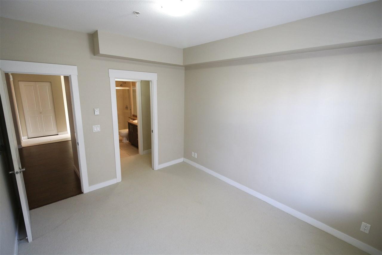 Condo Apartment at 104 33545 RAINBOW AVENUE, Unit 104, Abbotsford, British Columbia. Image 9