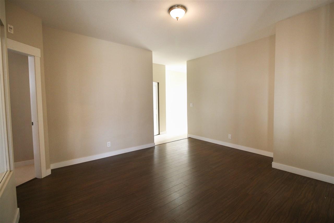 Condo Apartment at 104 33545 RAINBOW AVENUE, Unit 104, Abbotsford, British Columbia. Image 10