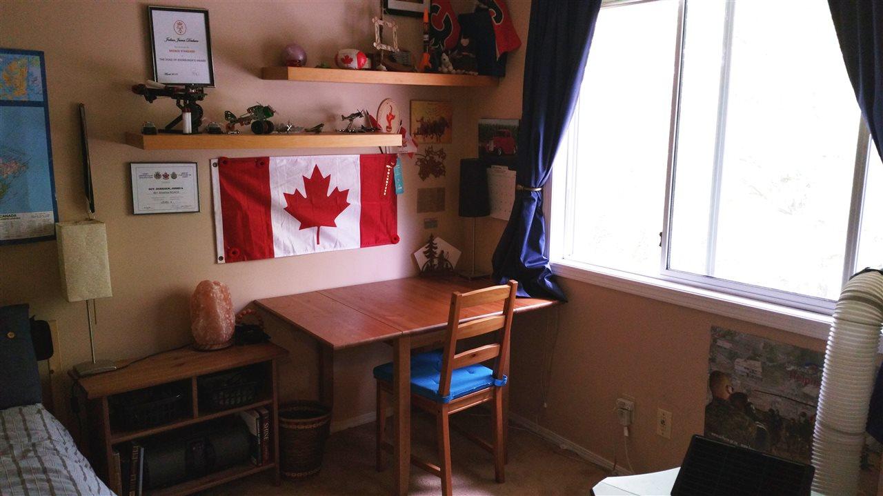Detached at 32267 CLINTON AVENUE, Abbotsford, British Columbia. Image 10