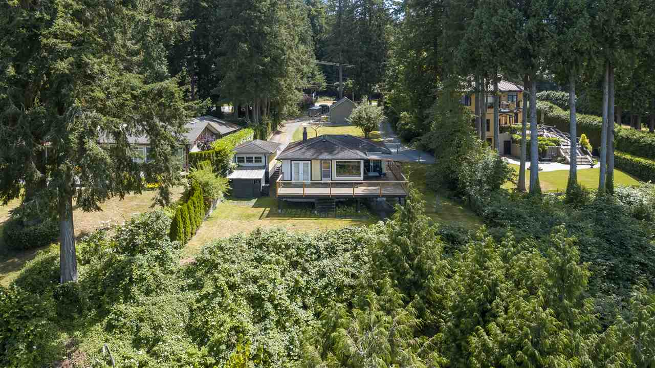 Detached at 13021 CRESCENT ROAD, South Surrey White Rock, British Columbia. Image 19