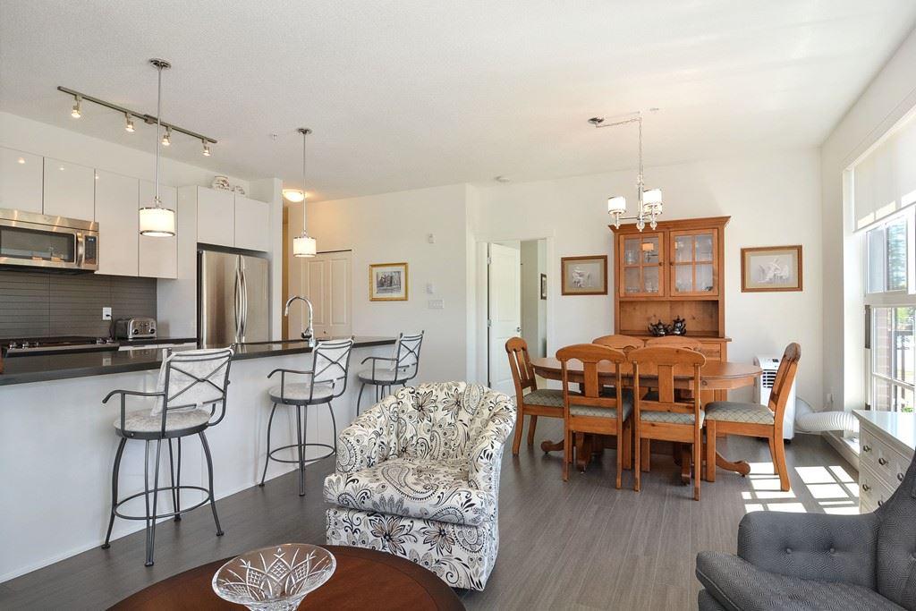 Condo Apartment at 309 15168 33 AVENUE, Unit 309, South Surrey White Rock, British Columbia. Image 2