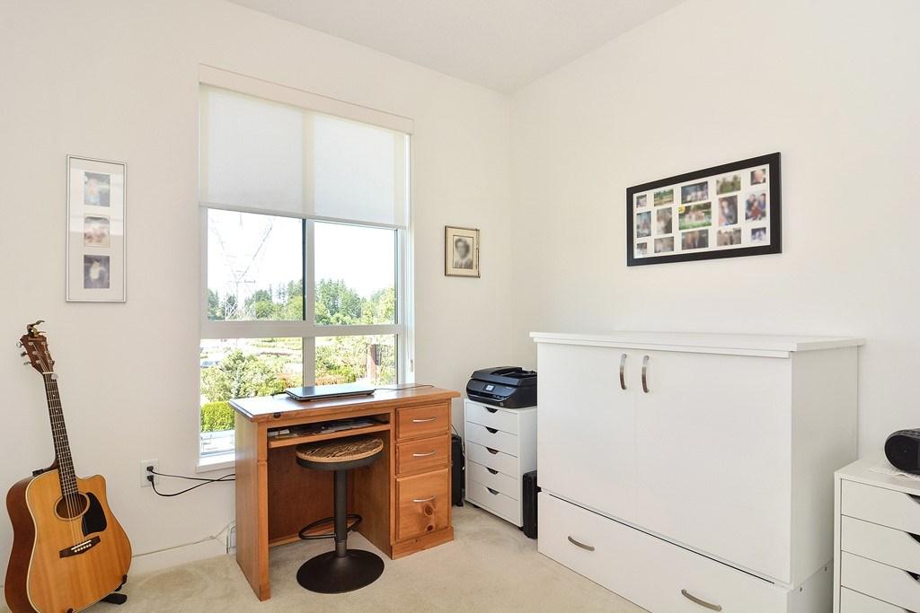 Condo Apartment at 309 15168 33 AVENUE, Unit 309, South Surrey White Rock, British Columbia. Image 10