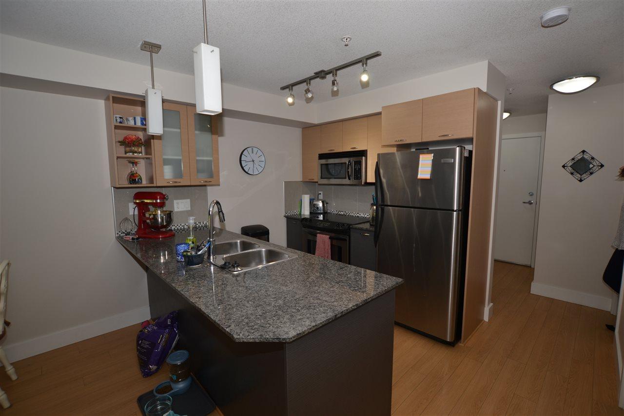 Condo Apartment at 209 2233 MCKENZIE ROAD, Unit 209, Abbotsford, British Columbia. Image 2
