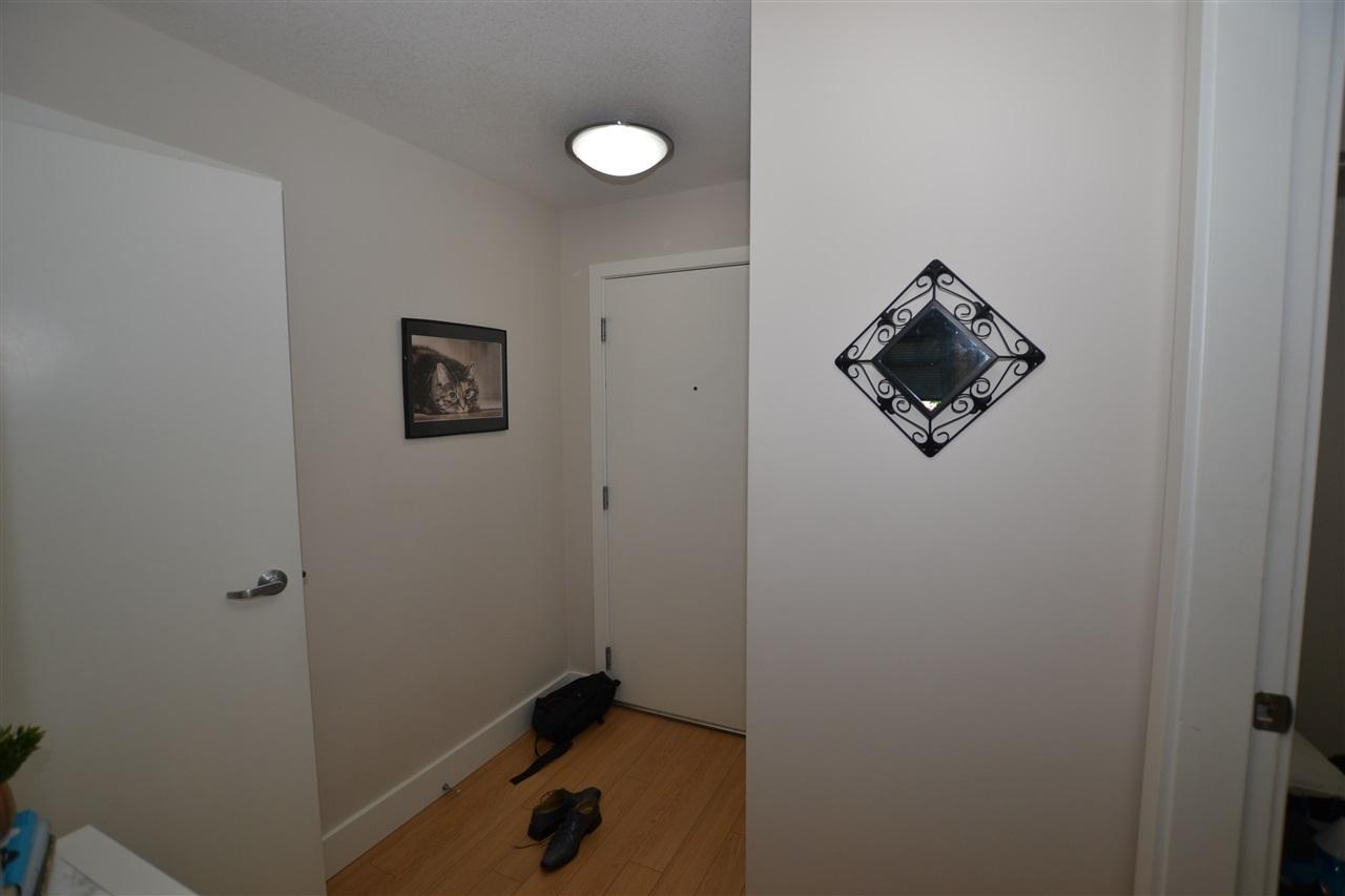 Condo Apartment at 209 2233 MCKENZIE ROAD, Unit 209, Abbotsford, British Columbia. Image 6