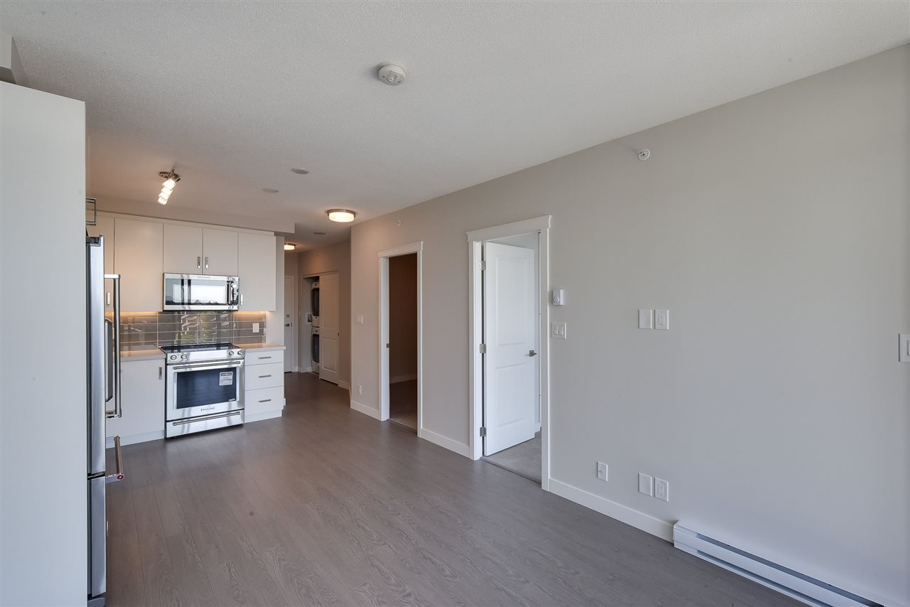 Condo Apartment at 809 11967 80 AVENUE, Unit 809, N. Delta, British Columbia. Image 4