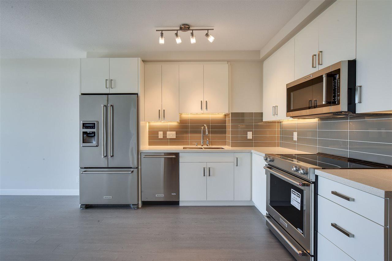 Condo Apartment at 809 11967 80 AVENUE, Unit 809, N. Delta, British Columbia. Image 6