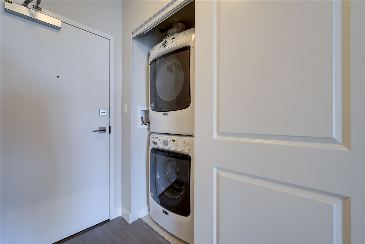 Condo Apartment at 809 11967 80 AVENUE, Unit 809, N. Delta, British Columbia. Image 10