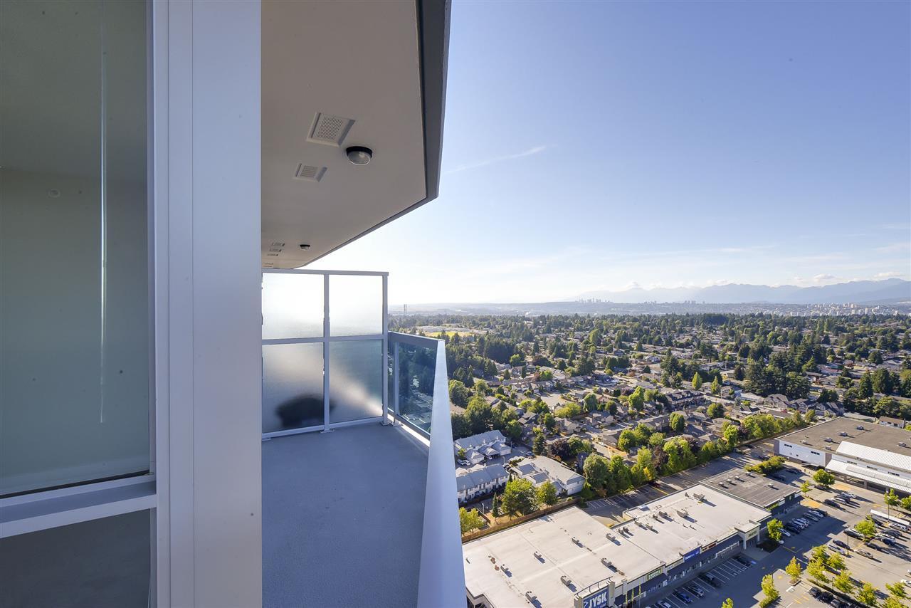 Condo Apartment at 3106 11967 80 AVENUE, Unit 3106, N. Delta, British Columbia. Image 14