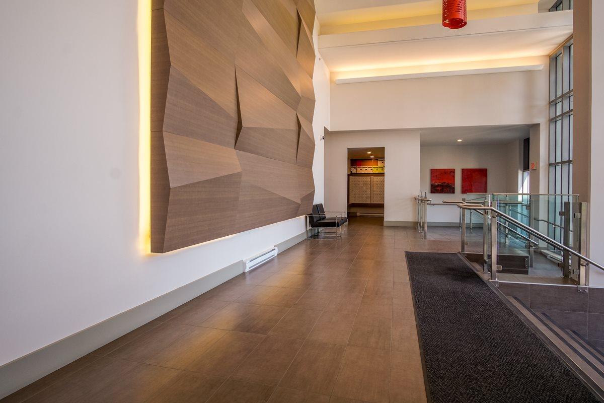 Condo Apartment at 906 13325 102A AVENUE, Unit 906, North Surrey, British Columbia. Image 3