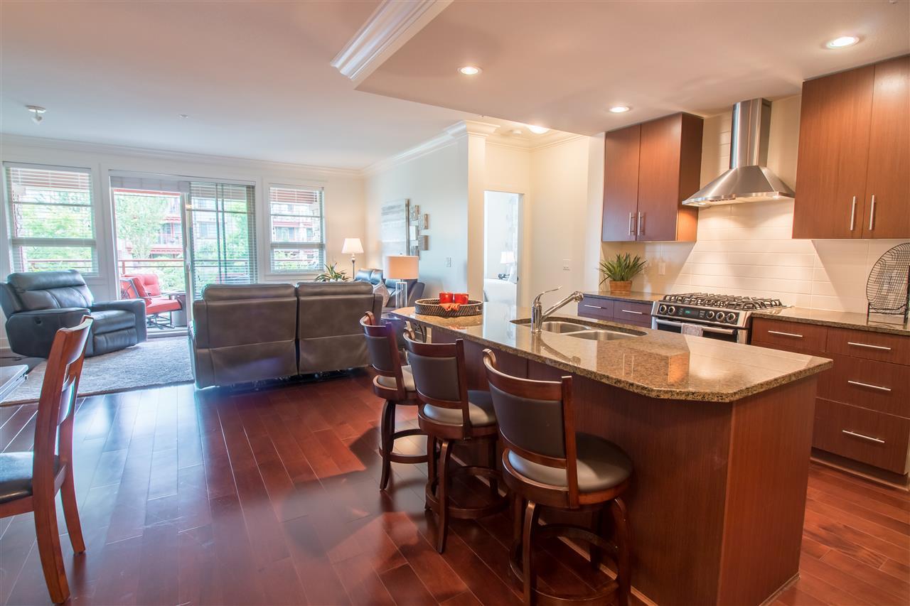 Condo Apartment at 206 16455 64TH AVENUE, Unit 206, Cloverdale, British Columbia. Image 4