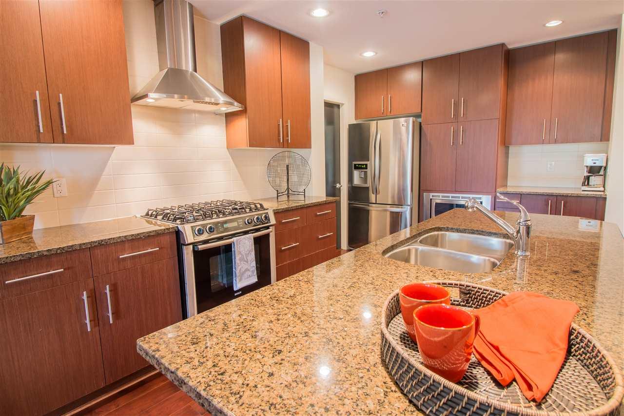 Condo Apartment at 206 16455 64TH AVENUE, Unit 206, Cloverdale, British Columbia. Image 5