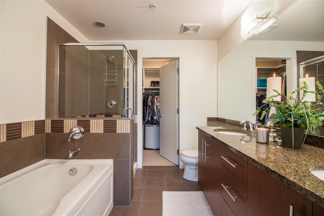 Condo Apartment at 206 16455 64TH AVENUE, Unit 206, Cloverdale, British Columbia. Image 10