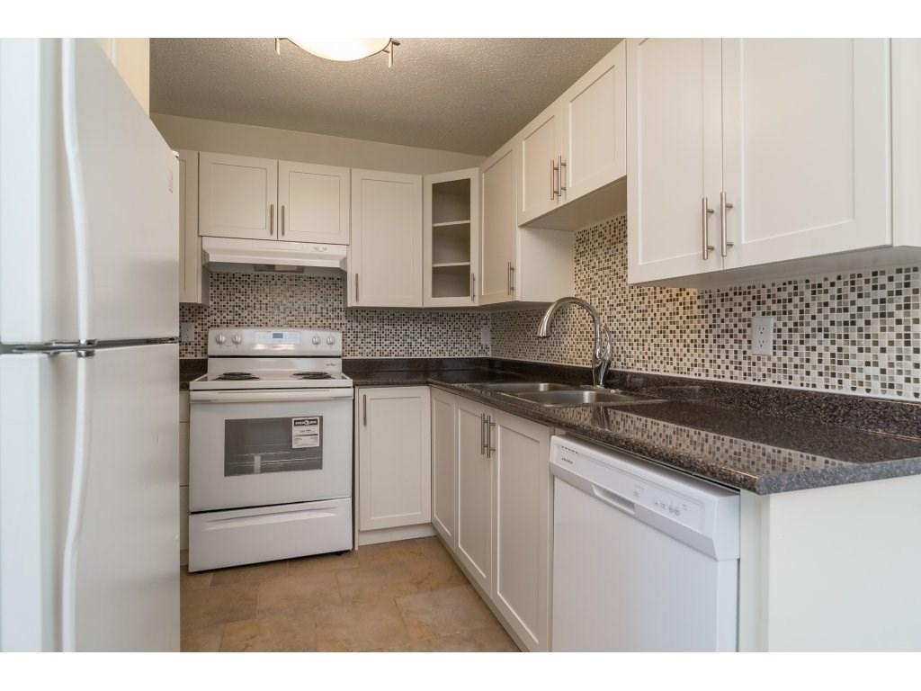 Condo Apartment at 102 32089 OLD YALE ROAD, Unit 102, Abbotsford, British Columbia. Image 6