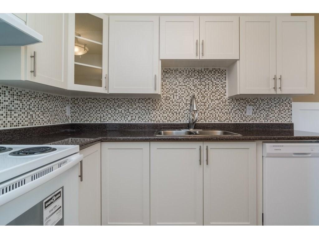 Condo Apartment at 102 32089 OLD YALE ROAD, Unit 102, Abbotsford, British Columbia. Image 7