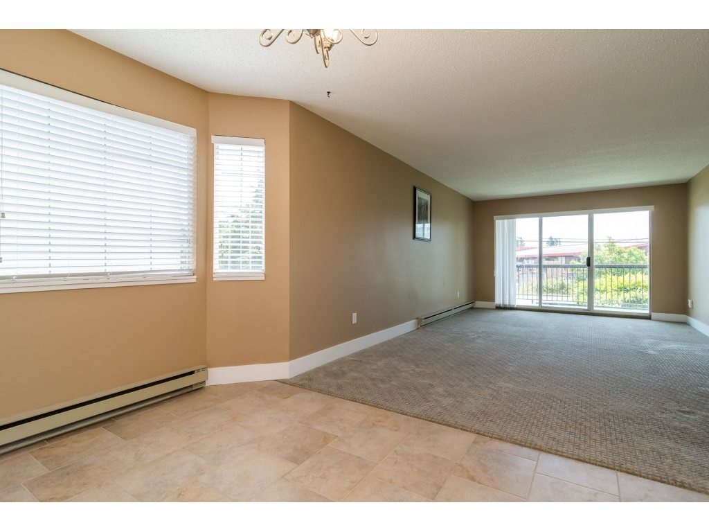 Condo Apartment at 102 32089 OLD YALE ROAD, Unit 102, Abbotsford, British Columbia. Image 10