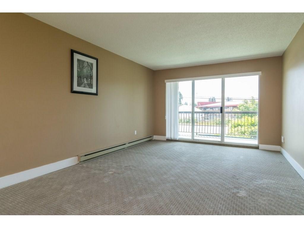 Condo Apartment at 102 32089 OLD YALE ROAD, Unit 102, Abbotsford, British Columbia. Image 11