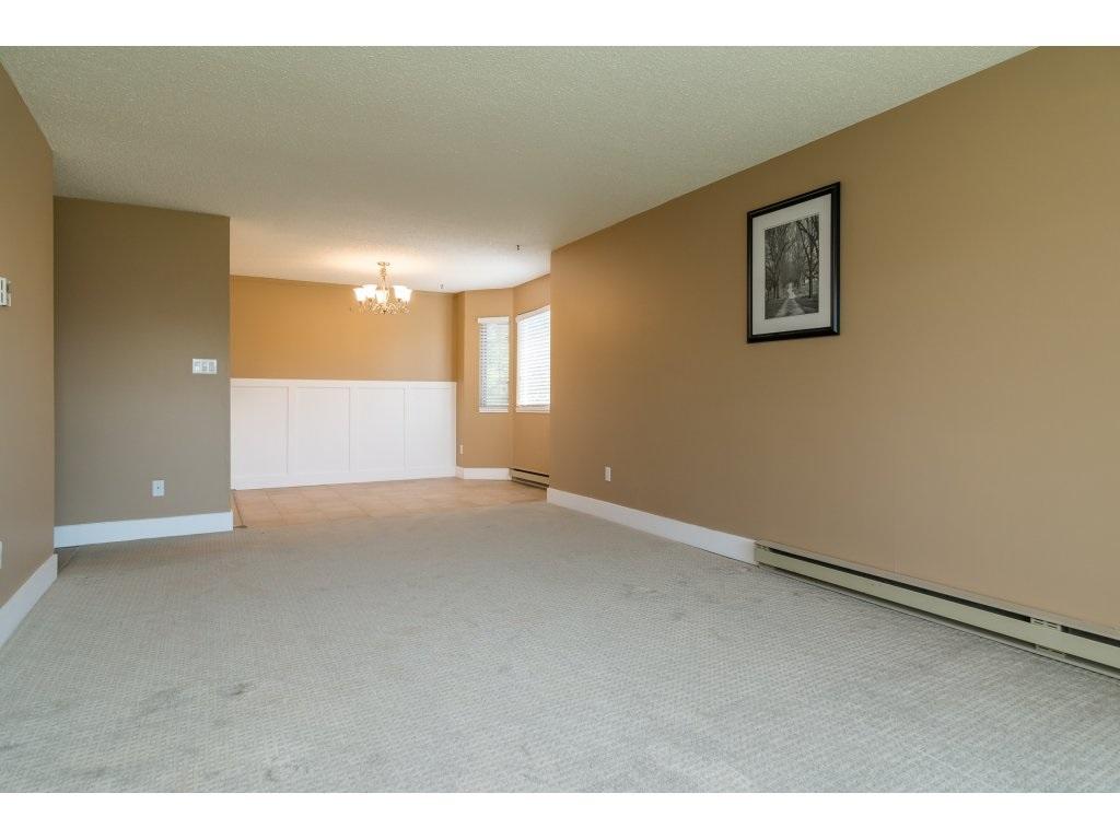 Condo Apartment at 102 32089 OLD YALE ROAD, Unit 102, Abbotsford, British Columbia. Image 13