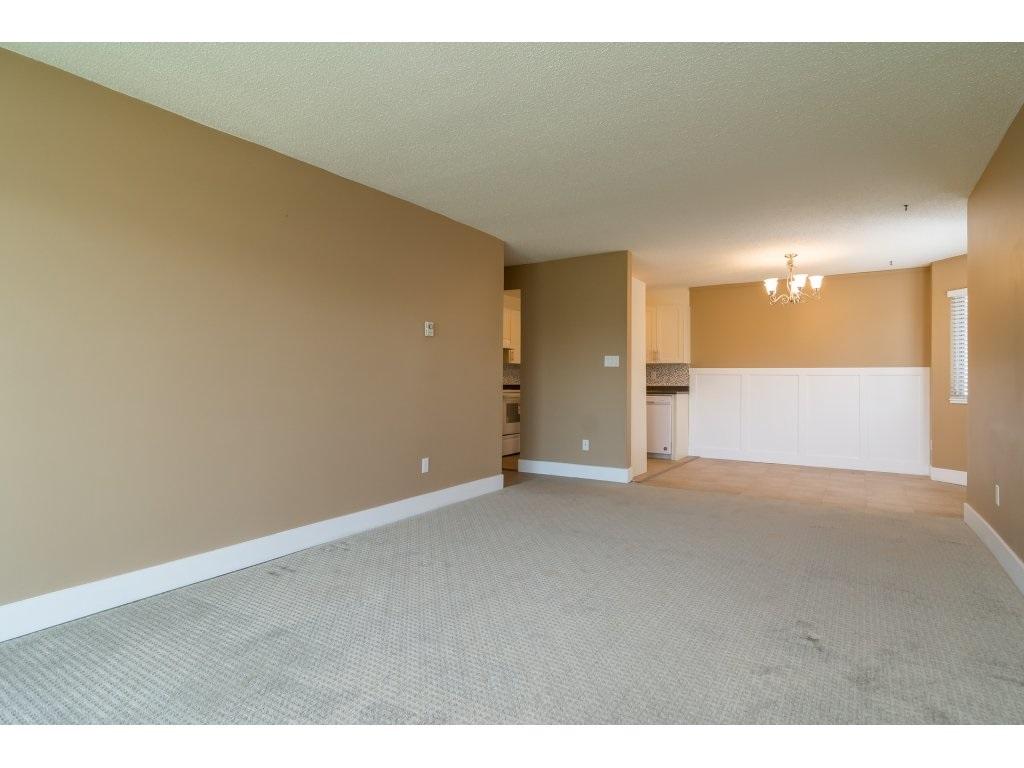 Condo Apartment at 102 32089 OLD YALE ROAD, Unit 102, Abbotsford, British Columbia. Image 14