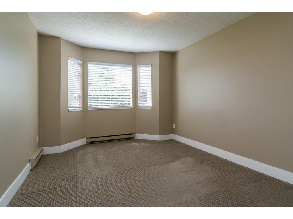 Condo Apartment at 102 32089 OLD YALE ROAD, Unit 102, Abbotsford, British Columbia. Image 15