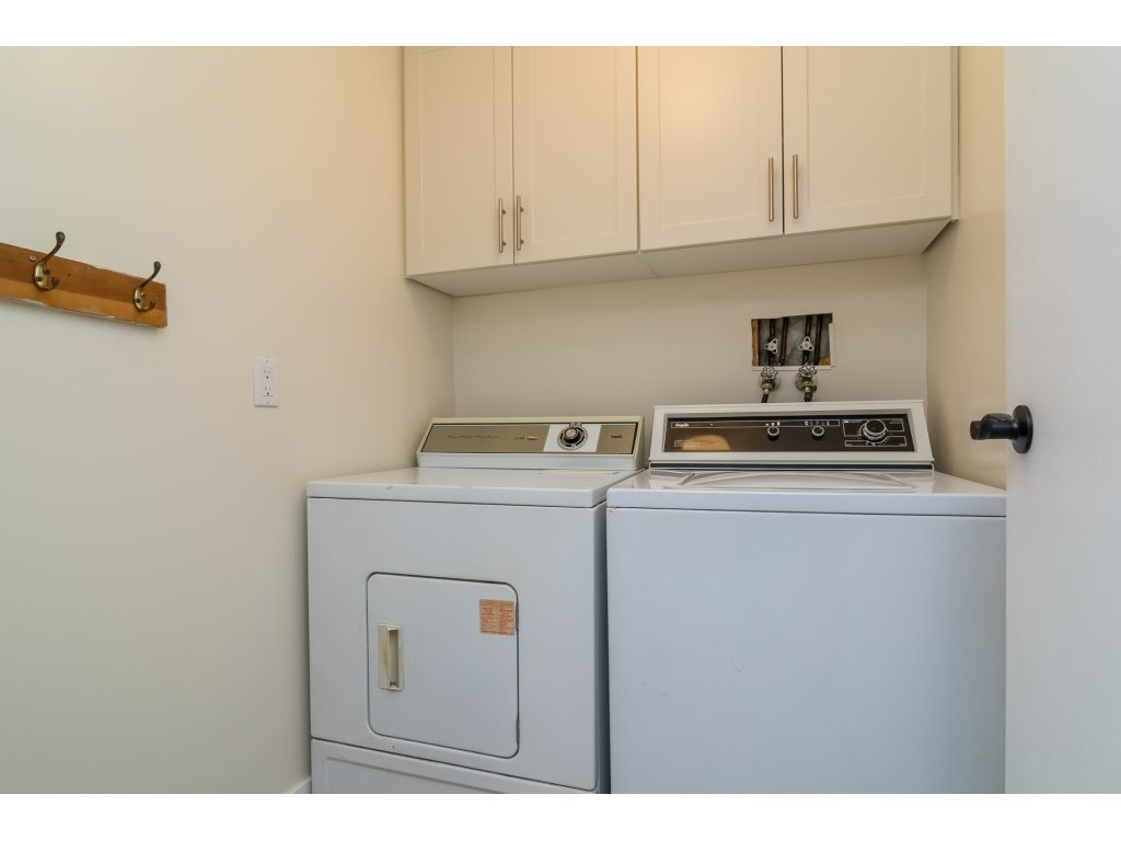Condo Apartment at 102 32089 OLD YALE ROAD, Unit 102, Abbotsford, British Columbia. Image 19