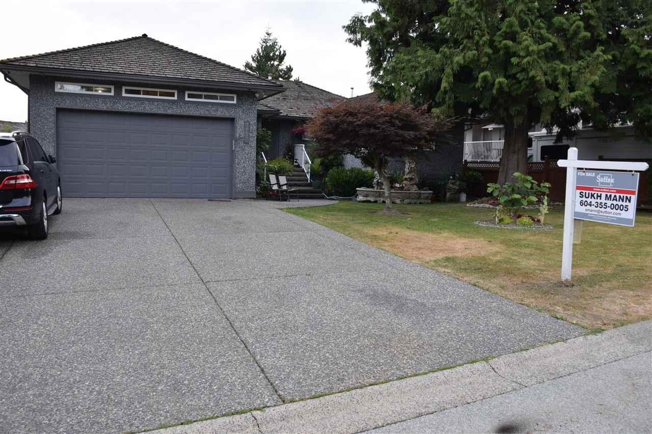 Detached at 7977 156 STREET, Surrey, British Columbia. Image 2