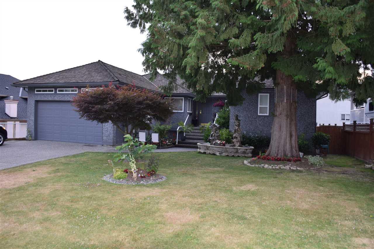 Detached at 7977 156 STREET, Surrey, British Columbia. Image 3