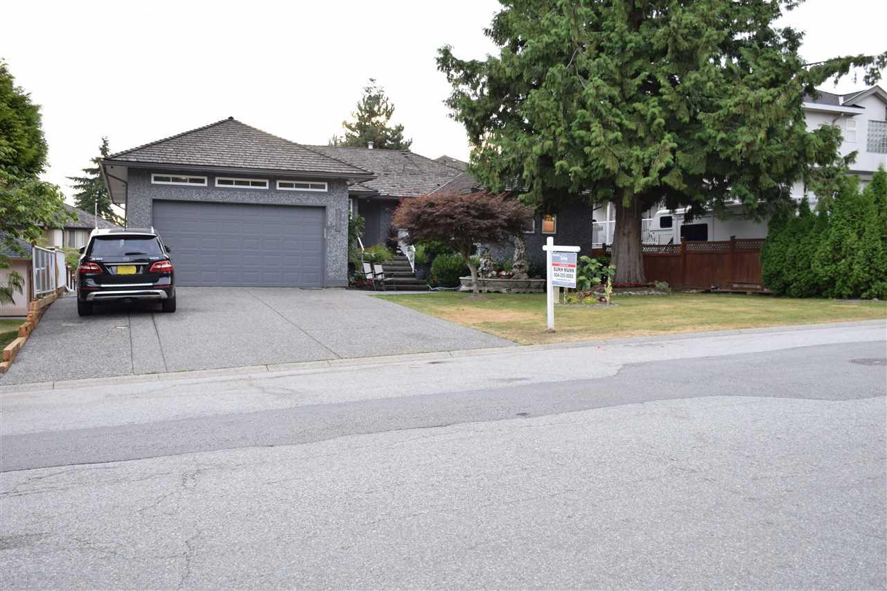 Detached at 7977 156 STREET, Surrey, British Columbia. Image 4