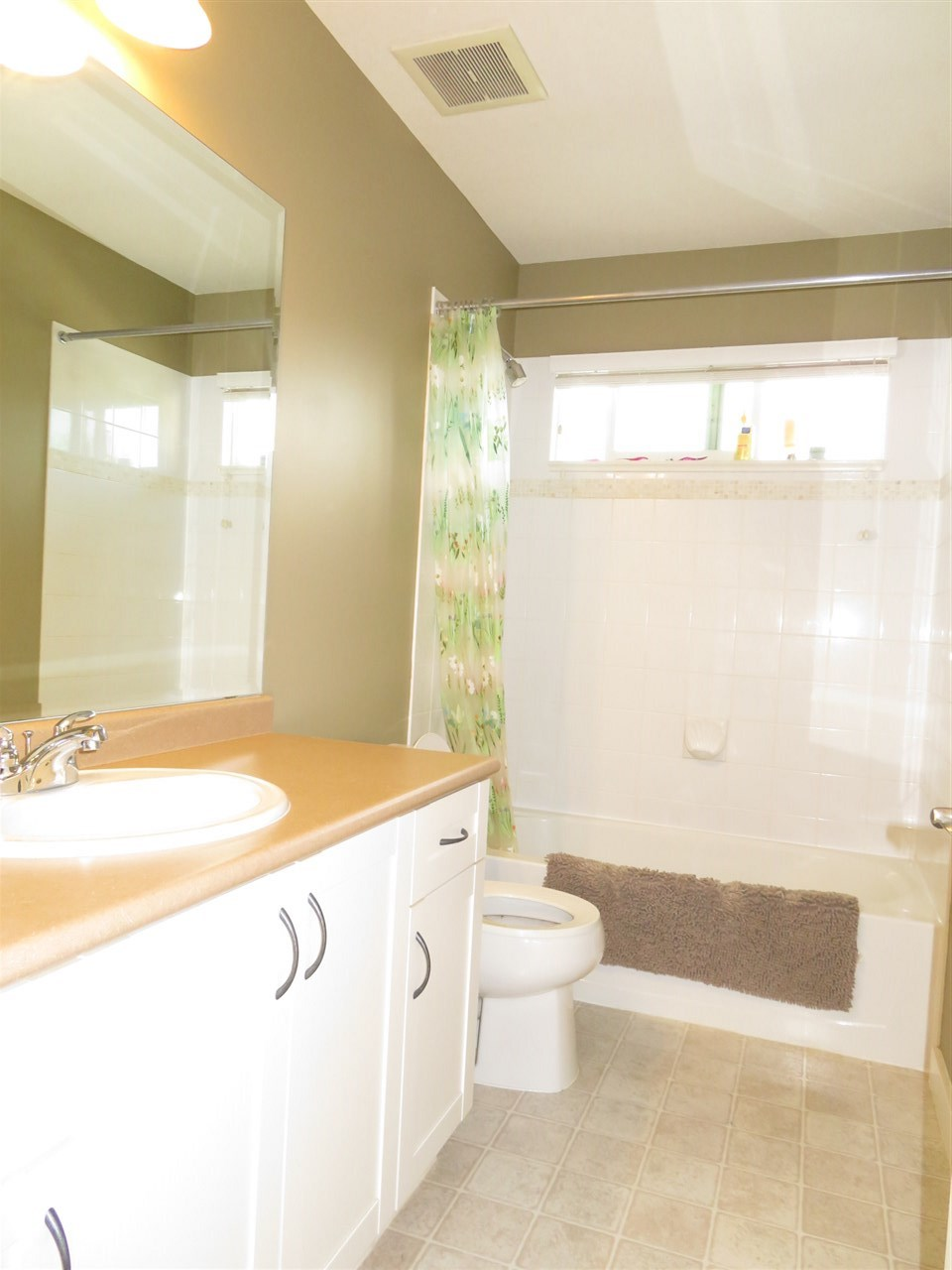 Detached at 20878 84A AVENUE, Langley, British Columbia. Image 12