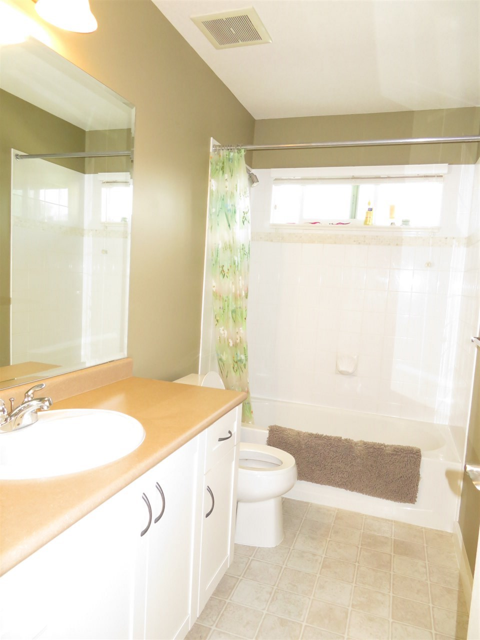 Detached at 20878 84A AVENUE, Langley, British Columbia. Image 16