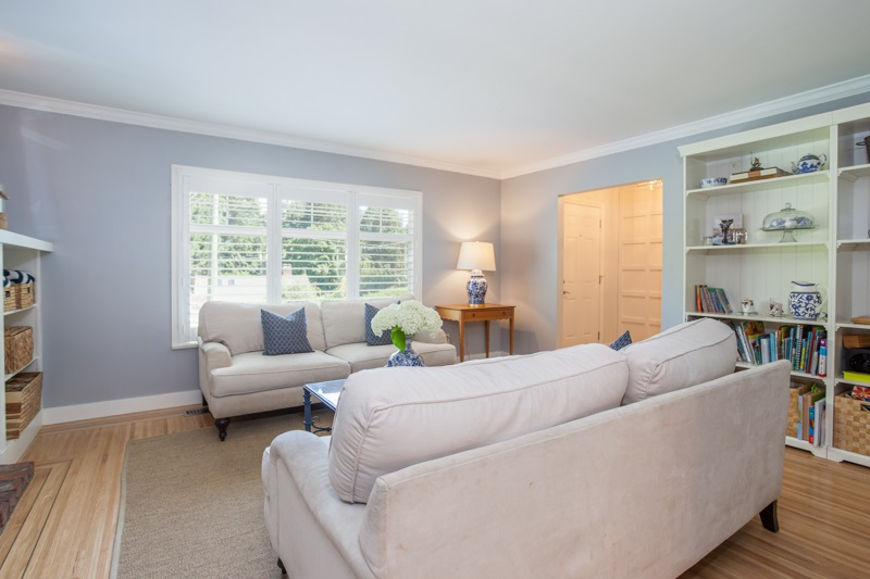 Detached at 12680 28TH AVENUE, South Surrey White Rock, British Columbia. Image 10