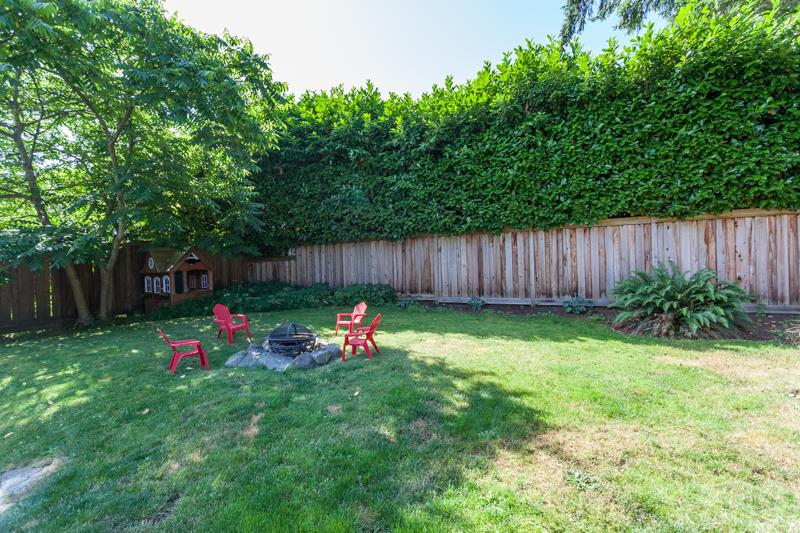 Detached at 12680 28TH AVENUE, South Surrey White Rock, British Columbia. Image 20