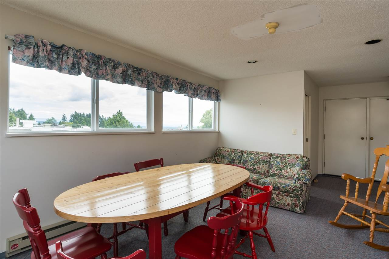 Condo Apartment at 303 1341 GEORGE STREET, Unit 303, South Surrey White Rock, British Columbia. Image 19