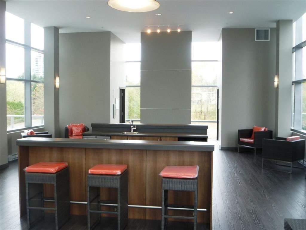 Condo Apartment at 502 13688 100 AVENUE, Unit 502, North Surrey, British Columbia. Image 5