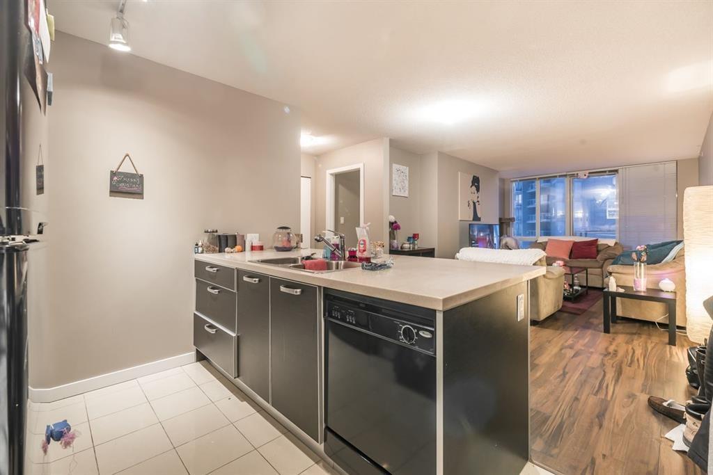 Condo Apartment at 502 13688 100 AVENUE, Unit 502, North Surrey, British Columbia. Image 7
