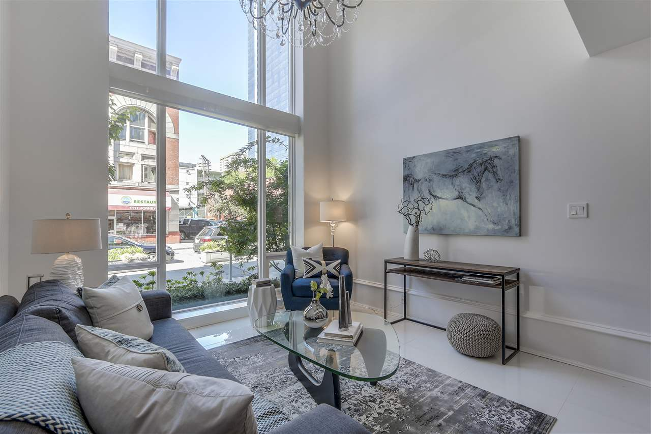 Townhouse at 1110 HORNBY STREET, Vancouver West, British Columbia. Image 2