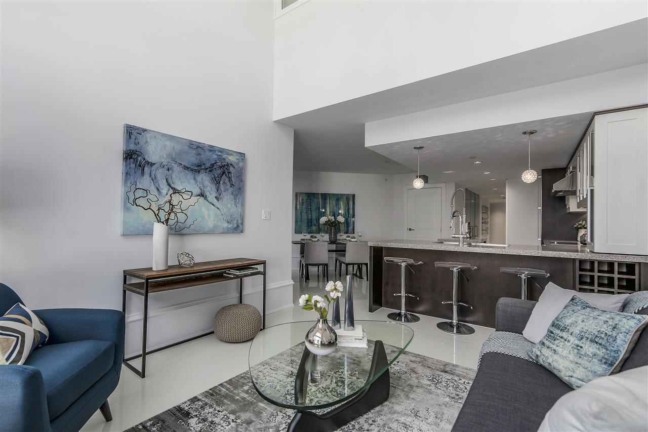 Townhouse at 1110 HORNBY STREET, Vancouver West, British Columbia. Image 3