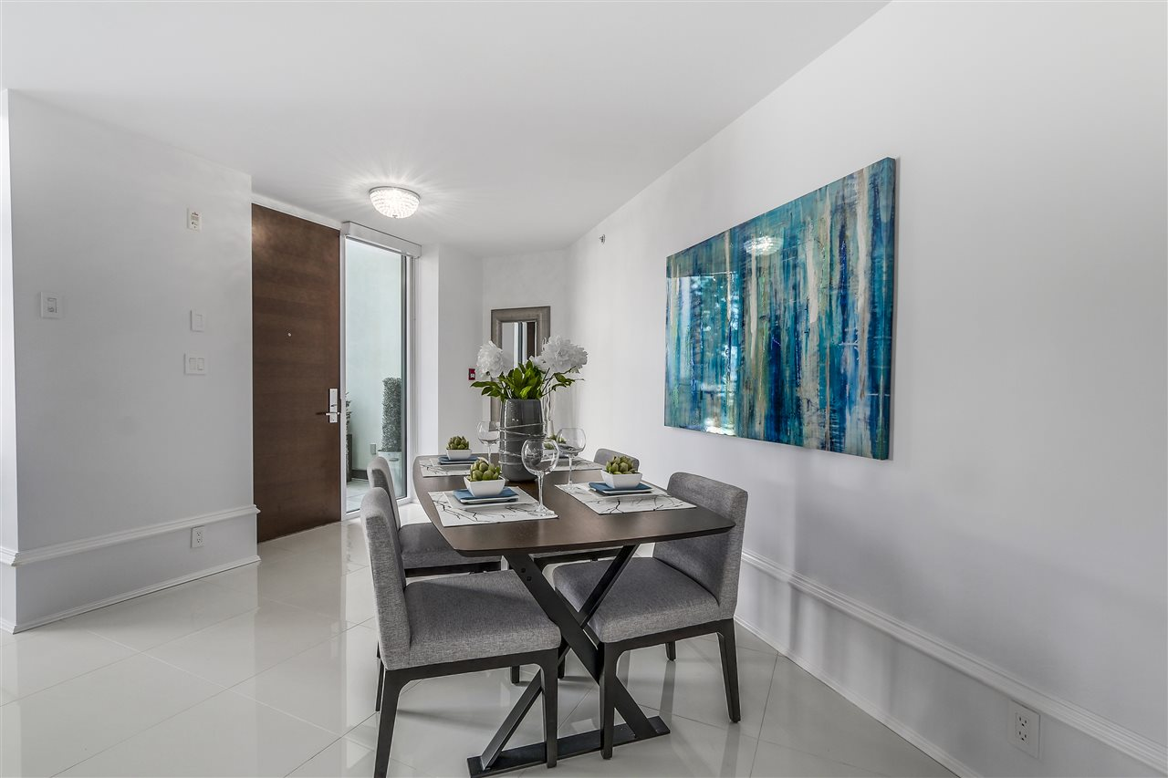 Townhouse at 1110 HORNBY STREET, Vancouver West, British Columbia. Image 9