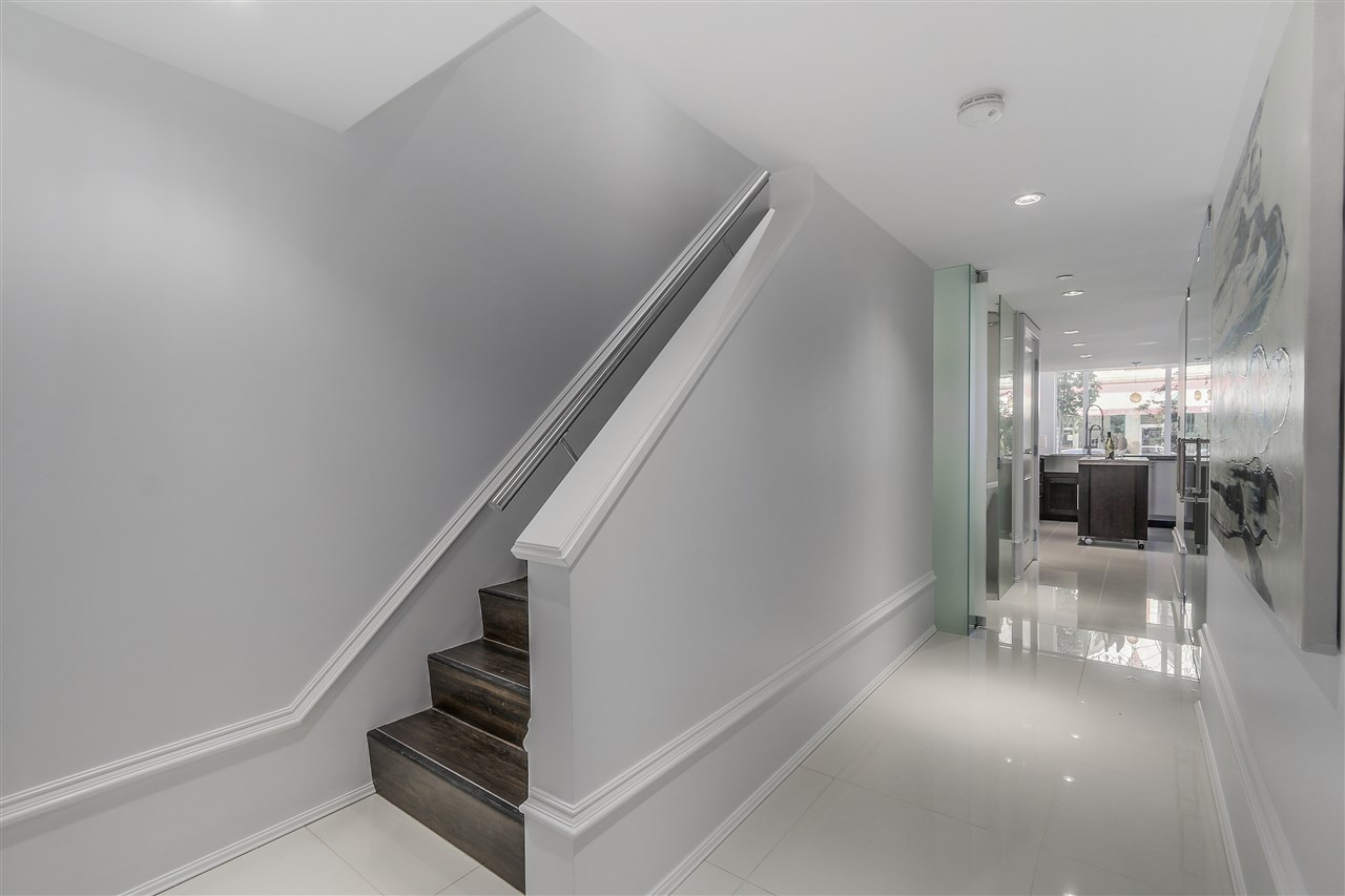 Townhouse at 1110 HORNBY STREET, Vancouver West, British Columbia. Image 12